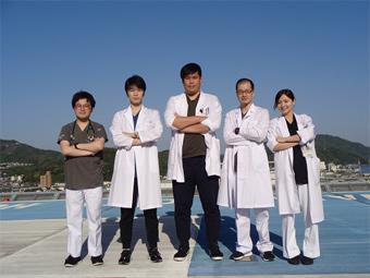 2年次研修医 5名の写真